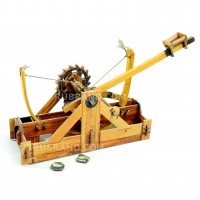 Ancient catapult by Leonardo da Vinci