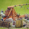 Trebuchet  - Trebuchet working cardboard model with 25 mm miniatures for war games